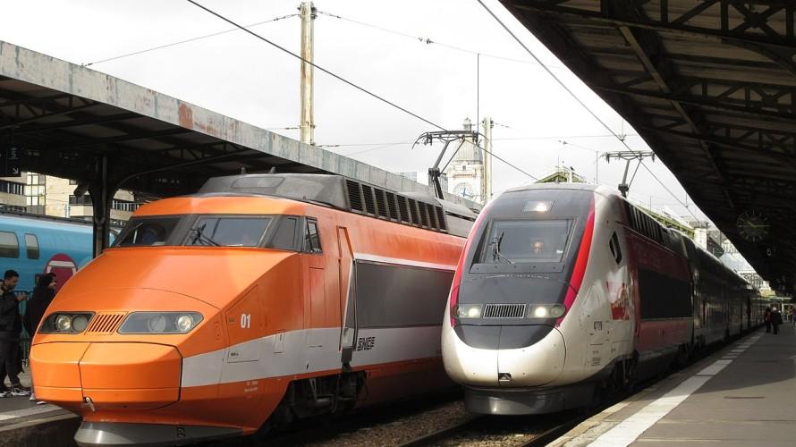 Deux TGV gare de Lyon à Paris - Wikipedia
