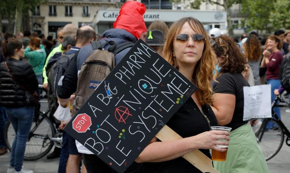 Une opposante à la vaccination - GEOFFROY VAN DER HASSELT / AFP