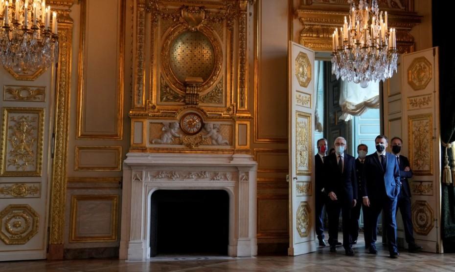 Inauguré le 10 juin 2021, l'hôtel de la Marine, à Paris, est resté dans le giron de l'État grâce à la mobilisation de 10.000 personnes - Crédits : Francois Mori / POOL / AFP