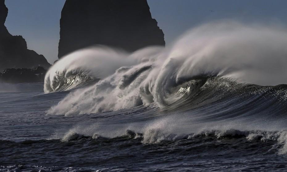Fortes rafales de vent sur la mer / ©Image par Roger Mosley de Pixabay